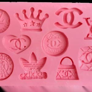 silicona-chanel-louis-vouiton-adidas-x10